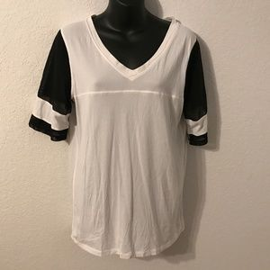 LULULEMON WHITE/BLACK MESH SLEEVES BASEBALL SHIRT